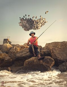 Surrealistic Photo Manipulations by Ronen Goldman. Ronen is an artist and conceptual photographer from the lovely city of Tel Aviv, Israel. He specializes Photo Dream, Surrealism Photography, Create Photo, Commercial Photography, Art Fair, Photo Manipulation, Portrait Photographers, The Past, Illustration