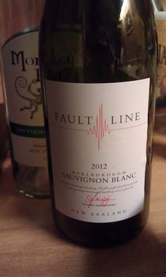 Fault Line and Monkey Bay: Two beautiful New Zealand Sauvignon Blanc wines
