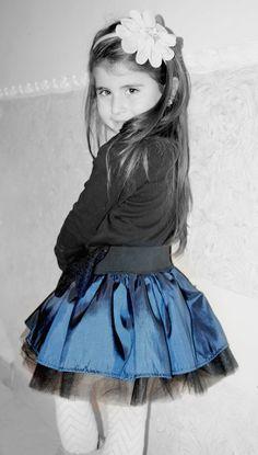 Claudia con una gonna Cute collezione invernale