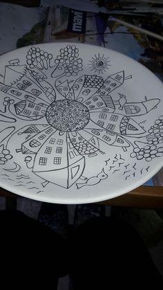 Enhance Your Bathroom Using Ceramic Tiles Ceramic Tile Art, Ceramic Design, Ceramic Painting, Pottery Plates, Ceramic Pottery, Sharpie Art, Ceramics Projects, Sgraffito, Pottery Designs