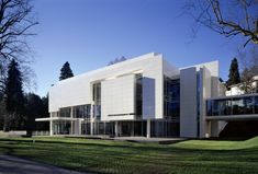Burda Museum – Richard Meier & Partners Architects