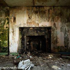 Abandoned house, South Ronaldsay, Orkney, Scotland.