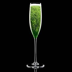 Start St. Patty's Day out right!    1 oz Midori® melon liqueur  1/3 oz sweet and sour mix  4 oz Champagne    Pour midori melon liqueur and sweet and sour mix into a champagne flute. Add champagne.