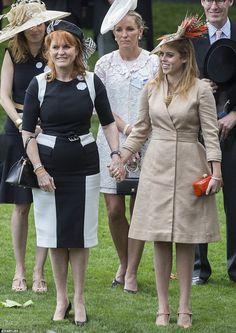 dailymail: Royal Ascot Day 4, June 23, 2017-Sarah, Duchess of York, and Princess Beatrice