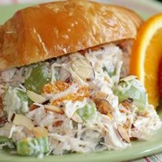 Gourmet Chicken Salad Ingredients 2 ounce) cans chicken chunks, drained 1 cup seedless green grapes, halved cup sliced almonds cup chopped celery 1 ounce) can mandarin oranges, drained cup creamy cucumber salad dressing Chicken Salad With Grapes, Chicken Salad Recipes, Salad Chicken, Yogurt Chicken, Sandwiches, Gourmet Chicken, Canned Chicken, Pecan Chicken, Boiled Chicken