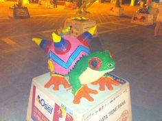 Queretaro ! Frog Festival Viva la Piñata