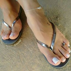Sexy Nails, Sexy Toes, Toe Nails, Beautiful Toes, Pretty Toes, Feet Soles, Women's Feet, Sexy Sandals, Summer Sandals