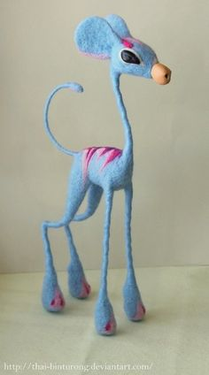 good sample for my first attempt of needlefelting over chennile sticks