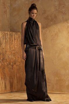 Urban Zen Fall 2017 Ready-to-Wear Fashion Show Collection