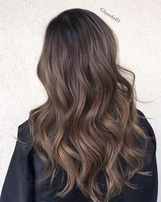 That new new🍁🍂 Haircut and color by muah Balayage Hair Blonde, Brown Blonde Hair, Sandy Brown Hair, Hair Bayalage, Black Hair, Hair Color Dark, Brown Hair Colors, Hair Color Asian, Medium Brunette Hair