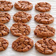 Découvrez la recette Cookies au spéculoos sur cuisineactuelle.fr.
