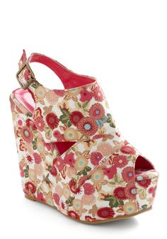 Super high wedge for spring dresses. <3 modcloth