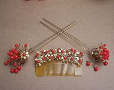 coral kanzashi | Vintage hair combs Japanese kanzashi Geisha comb hairpin set coral ...