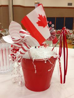 Canada Day breakfast party by Katherine Low Canada Day Centrepiece, Canada Day Party, Canadian Food, Canadian Memes, All About Canada, Sundae Bar, Happy Canada Day, Canada 150, Family Game Night