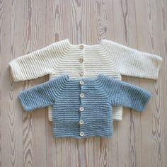 Jeg er i gang med at færdiggøre opskriften på det nye design, som jeg kalder for Godt begyndt jakke. Lige nu er jeg ved at finde lidt bye testhæklere. Jeg har ellers haft en håndfuld jeg har gjort brug af, og det har været rart, men nu tænker jeg...