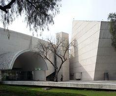 Escuela Superior de Música. Arquitecto Teodoro Gonzalez de Leon