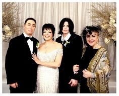 Actress Liza Minnelli and event producer David Gest may not have been able to maintain an actual marriage — but the pair certainly made a memorable wedding day with an all-star cast.