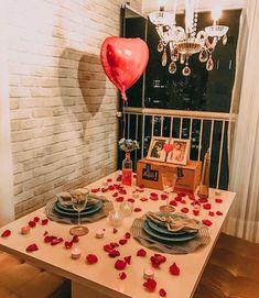 52 Ideas Party Table Centerpieces Diy Heart For 2019 Romantic Surprises For Him, Surprises For Husband, Boyfriend Surprises, Valentines Gifts For Boyfriend, Boyfriend Gifts, Valentine Gifts, Boyfriend Birthday, Valentine Recipes, Boyfriend Ideas