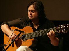 São quatro dias de apresentações, entre 31 de outubro e 3 de novembro, com os violonistas Yamandu Costa e Edson Lopes.