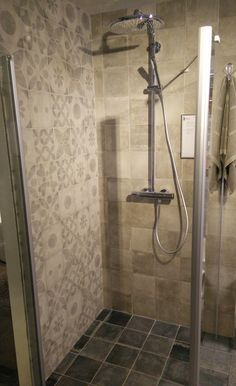 Hammam badkamer en douche | hammam bathroom and shower | Bron ...