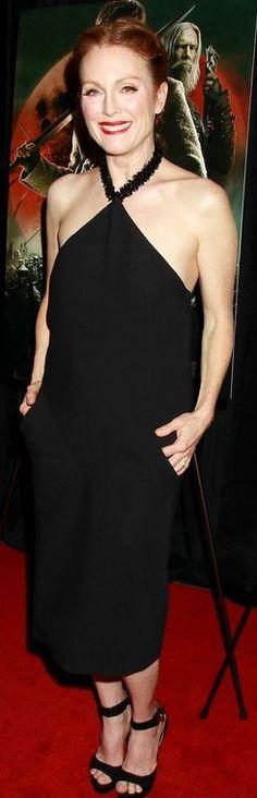 Julianne Moore in Balenciaga