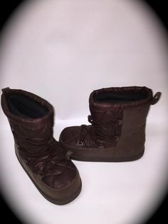 11cc0154c5 UGG Kids Australia Noeme Girls Boots Water BROWN Thinsulate USA Size  6~NWOB~SAVE