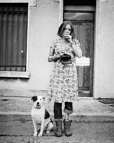 Léa et un chien