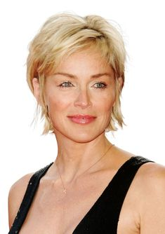Make short look soft with length in the back and choppy layers on top, like Sharon Stone had in 2007 Very Short Hair, Short Hair With Layers, Short Hair Cuts For Women, Short Hair Styles, Choppy Layers, Curly Short, Short Hairstyles Over 50, Short Layered Haircuts, Cool Hairstyles