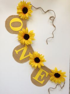 Sunflower Burlap Banner Wall Decoration Custom Name Baby Shower Congrats Wedding Bridal First Birthday Happy Birthday - Haus Dekoration Sunflower Birthday Parties, Sunflower Party, Sunflower Baby Showers, Yellow Birthday, Baby Girl First Birthday, First Birthday Parties, First Birthdays, Birthday Wishes, Sunshine Birthday
