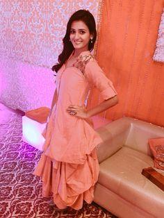 Shakti Mohan in Delhi  LQA2015  Wearing Varija Bajaj for Live Quotient Award