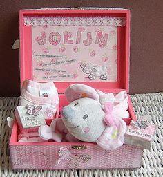 1000 images about geboortecadeautje on pinterest babyshower met and van - Baby boy versiering van de zaal ...