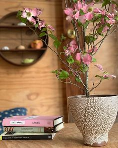 @therealreal • Instagram photos and videos Japanese Home Decor, Japanese House, Planter Pots, Photo And Video, Videos, Photos, Instagram, Pictures