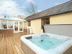 The Milking Parlour, Roche, Cornwall, England, Sleeps 6, Bedrooms 3, Self-Catering Holiday Cottage With Hot Tub.