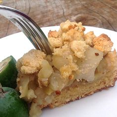 feijoa-and-apple-crumble-recipe-nz