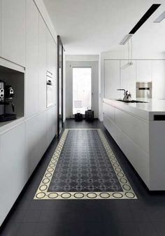 Mixer parquet chevron et carreaux de ciment | Salons, Decoration ...