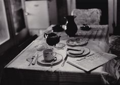 Sylvia Plachy Breakfast at Home Budapest, 1972