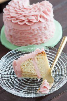 Fondant Cakes, Cupcake Cakes, Fondant Bow, Car Cakes, Fondant Tutorial, Fondant Flowers, Fondant Figures, Shoe Cakes, Fondant Toppers