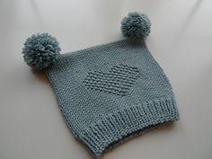 Ravelry: Mia lue/ mia hat pattern by Kairi Aksnes Last Minute Gifts, Ravelry, Snug, First Love, Winter Hats, Barn, Baby Shower, Knitting, Pattern