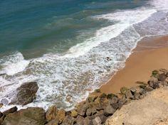 Acantilado que da a la playa de Zahora vista desde el Faro