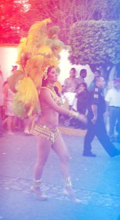 Carnaval Ixtapan de la Sal, México. Invitada brasileña.