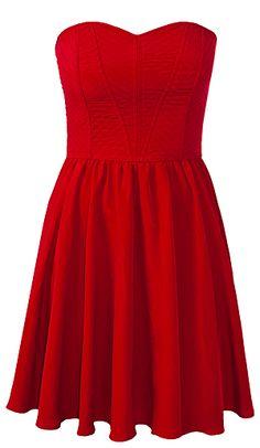 Red dress is perfect for Holidays! Add some gold accessories & pair it with black opaque tights. Cette robe rouge est parfaite pour les Fêtes! Ajoutez-y des accessoires dorés et agencez-la à des collants noirs opaques.