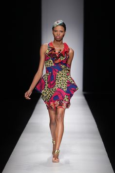 NKWO: 2009 Africa Fashion Week || Photo Credits: © SDR, Simon Denier