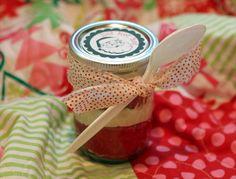 christmas in a jar http://emmalinebride.com/themes/christmas-mason-jar-ideas/#
