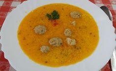 Rozi erdélyi,székely konyhája: Tárkonyos raguleves, húsgombóccal Thai Red Curry, Zeller, Dishes, Ethnic Recipes, Soups, Food, Easy, Tablewares, Essen