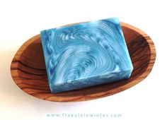 """""""ZigZag Cosmic Wave"""" (incl. Video)   Handmade soap by Fraeulein Winter"""