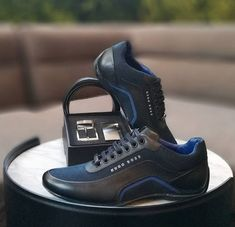 Mens Fashion Shoes, Sneakers Fashion, Nike Boots Mens, Zapatillas Jordan Retro, Hugo Boss Shoes, Gentleman Shoes, Mens Designer Shoes, Comfortable Sneakers, Luxury Shoes