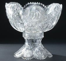 Hobbowl - The example pictured with a hobstar and feathered arch decoration is unmarked, but is of very good quality . In todays market comparable unmarked large punch bowls to this one often sell for more than $1,200.00. Cut Glass, Clear Glass, Glass Art, Arch Decoration, Antique Glass Bottles, Dining Ware, Today's Market, Crystal Glassware, Punch Bowls