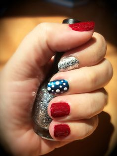 Red, white and blue nails for Memorial Day or 4th of July. #patrioticnails #nailart #4thofjuly #fourthofjuly #memorialday