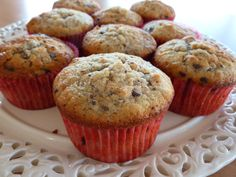 Banana muffins with chocolate and walnuts, Muffin Recipes, Cake Recipes, Danish Dessert, Canned Blueberries, Vegan Scones, Scones Ingredients, Sweet Treats, Food And Drink, Sweet Tooth