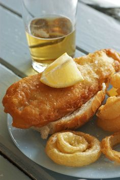 Beer Battered Fish and Onion Rings South African Dishes, West African Food, South African Recipes, Fried Fish Recipes, Seafood Recipes, Cooking Recipes, Cooking Fish, Beer Battered Fish, Nigerian Food